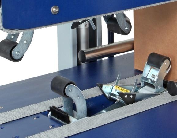 FERMEUSE DE CAISSE CARTON MULTIFORMAT TBDA centrage automatique des boites cartons