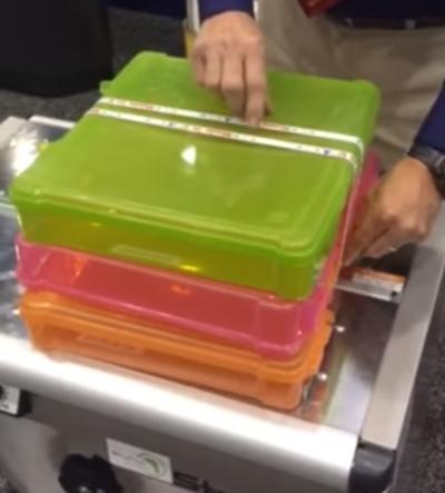 TABLE DE CERCLAGE ELECTRONIQUE boite plastique feuillard imprimé